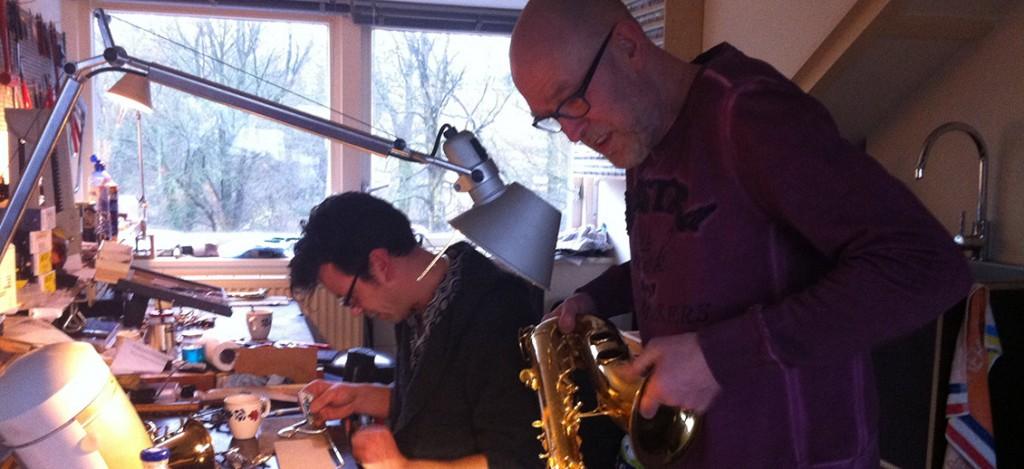 saxofoons te koop reparaties verhuur